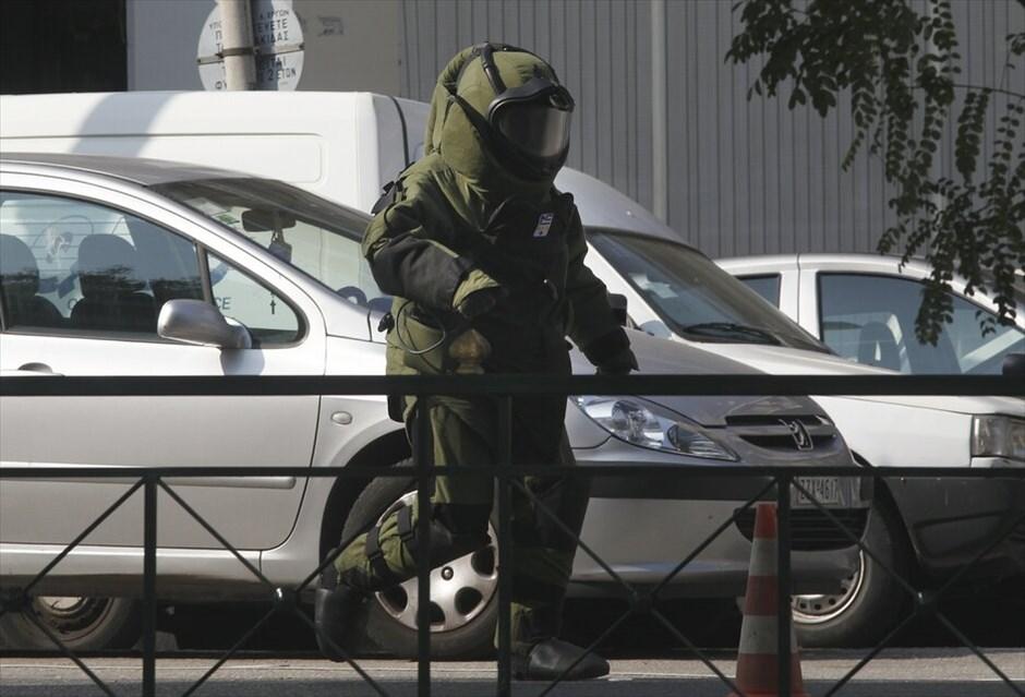 Αποτέλεσμα εικόνας για Τμήμα Εξουδετέρωσης Εκρηκτικών Μηχανισμών (Τ.Ε.Ε.Μ.)
