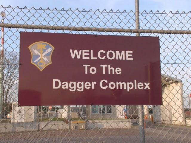 dagger_complex_03